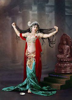 Mata Hari | Flickr - Photo Sharing!