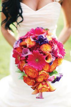 Photos by www.desibaytan.com  Wedding by www.platinumlining.com  flowers by www.irisesdesigns.com