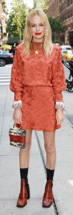 Who made Kate Bosworth's red lace print dress, black ankle boots, and handbag? StyLe and FaSHion 2019 Fashion trends 2019 , Kate Bosworth Style, Cute Simple Outfits, Fashion Dictionary, Lace Print, Life Coaching, Red Lace, Black Ankle Boots, Kate Olsen, Celebrity Style
