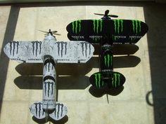 Both Monster Energy plane together. Monster Room, Monster Energy Girls, Love Monster, Indie Room Decor, Cute Bedroom Decor, Bebidas Energéticas Monster, Monster Decorations, Bakugou And Uraraka, Aluminum Can Crafts