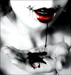 macabre photography | work.stitched smile 35+ Teeth Chattering Horror & Macabre photography