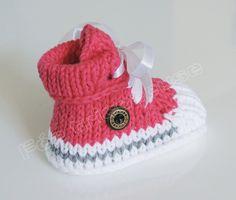 baskets bébé tricotée à la main (fuchsia)