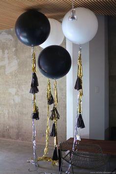 Globos con guirnaldas para tus fiestas
