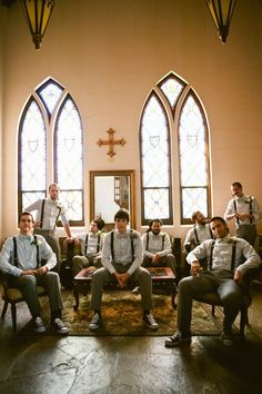 Great Groomsmen photo op #groomsmen #chicagoweddingplanner