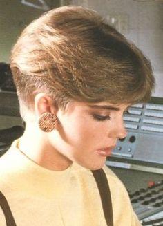 20 S Hairstyle Short Wedge Hairstyles Short Wedge Haircut, Short Wedge Hairstyles, Pixie Hairstyles, Short Hairstyles For Women, Cool Hairstyles, 1980s Hairstyles, 80s Haircuts, Haircut Diy, Pixie Haircut