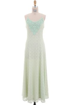 MINT ENGLISH LACE MAXI DRESS WITH LINING