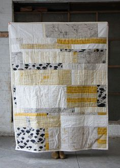 Landscape Quilt by Ink & Spindle, AU I wanna learn how to quilt. Landscape Quilt full size by Ink & Spindle, via… We're had great response to the launch of our new Landscape Quilt design - thanks guys! We'd love to see a photo of your finished quilt if. Big Block Quilts, Strip Quilts, Scrappy Quilts, Easy Quilts, Patchwork Quilting, Quilt Blocks, Quilting Fabric, Art Quilting, Denim Patchwork