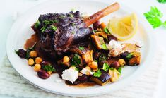A foil wrapping will ensure these Greek-spiced lamb shanks cook perfectly. Pair them with green and kalamata olives and you& be halfway to Athens. Lamb Recipes, Slow Cooker Recipes, Salad Recipes, Cooking Recipes, Savoury Recipes, Cooking Time, Dinner Recipes, Healthy Recipes, Lamb Shank Stew