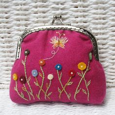 Spring Buttons Coin Purse ★by HanhansStitching on Etsy