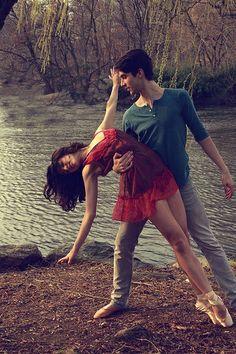 dance pose dip