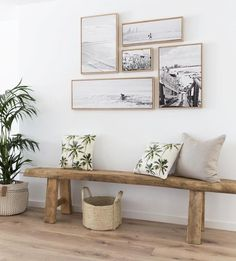 Home Decorating Ideas Furniture small picture gallery kleine Bildergalerie & Holzbank & Flur Home Decorating Ideas Möbel The post Home Decorating Ideas Furniture kleine Bildergalerie appeared first on Lori& Decoration Lab. Decor Room, Room Decorations, Living Room Decor, Bench In Living Room, Beachy Room Decor, Bohemian Beach Decor, Christmas Decorations, Coastal Living Rooms, Home And Living