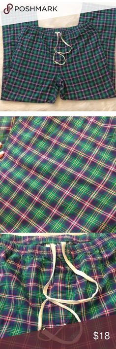 Vineyard Vines XL Plaid Pajama Pants Excellent condition! Smoke & pet free home Vineyard Vines Pants