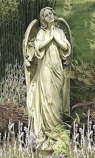 a beautiful statue ...