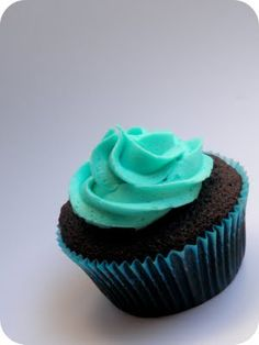 """Cheesecake Filled Chocolate Cupcakes with """"Blue"""" Raspberry Buttercream"""