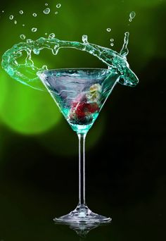 delicious cocktails made with vodka | 170446150.jpg