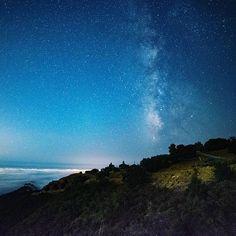 Reposting @mdcshoots: Milky Way Photoshoot  #Milkyway #Nightphotography #nature #beautiful #sky #nightsky #stars #astrophotography #astros #photography #beauty #night #starrynight #best_longexposure  #westcoastexposures #passionpassport #exploretocreate #theoutbound #lifeofadventure #BestVacations #peoplescreatives #justgoshoot