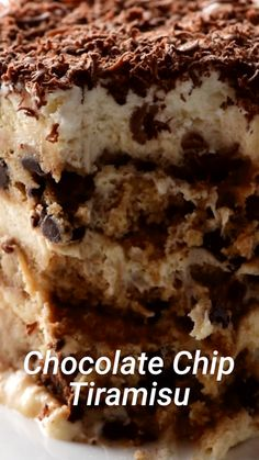 Apple Discover Chocolate Chip Tiramisu This chocolate chip tiramisu will be turning heads! Easy Desserts, Delicious Desserts, Yummy Food, Baking Desserts, Baking Recipes, Cookie Recipes, Dessert Recipes, Tiramisu Dessert, Chocolate Tiramisu