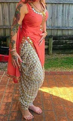 Zikimo Fashion added a new photo. Punjabi Fashion, Bollywood Fashion, Indian Fashion, Salwar Designs, Kurta Designs Women, Designer Punjabi Suits, Indian Designer Wear, Indian Dresses, Indian Outfits