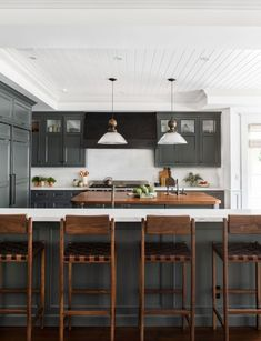 Modern farmhouse style kitchen with gray cabinets. /// Client West Coast Is The Best Coast - Amber Interiors New Kitchen, Kitchen Dining, Kitchen Decor, Kitchen Ideas, Kitchen Cabinets, Awesome Kitchen, Beautiful Kitchen, Kitchen Backsplash, Kitchen Countertops