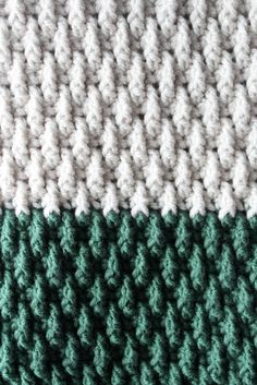 The Alpine Blanket Pattern with Video Tutorial! - by YarnHookNeedles