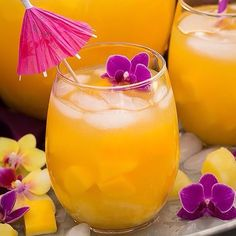 For a natural glow, hydrate your skin with an iced tropical ginger tea