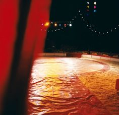 """Até 30 de setembro, estão abertas as inscrições para a 3ª edição da """"Temporada Verão Cênico"""", que promoverá uma programação com até 69 espetáculos de teatro e de circo, em janeiro e fevereiro."""