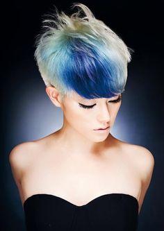 Immagine di http://capelli.estetica.it/download/2013/05-2013/taglio-corto-colore-capelli/taglio-corto-colore-capelli_04.jpg.