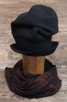 rundholz - Hut Hand Felted black - Winter 2014 - stilecht - mode für frauen mit format...