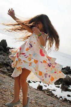 Girl's Dress Pattern: HER Little world, Création à coudre pour l'été, Nadège Saladini