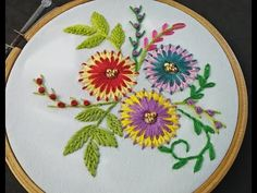 This DIY Projects shows you Beautiful hand embroidery flower. Flowers and florals are popular embroidery motifs are available in a range of styles from classic to contemporary. Basic Embroidery Stitches, Embroidery Flowers Pattern, Embroidery For Beginners, Hand Embroidery Designs, Diy Embroidery, Simple Flower Design, Lazy Daisy Stitch, Brazilian Embroidery, Hand Applique
