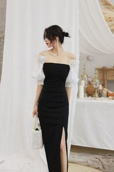 Off-Shoulder Puff-Sleeve Sheath Dress Dresses Black Women Fashion, Look Fashion, Korean Fashion, Womens Fashion, Fashion Design, Street Fashion, 80s Fashion, Petite Fashion, Grunge Fashion