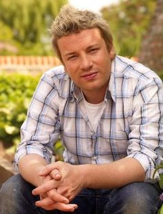 Jamie Oliver wants to cook cheap and healthy for you!