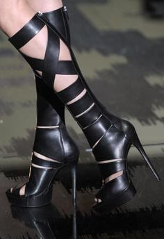 wrap #black boots #high heels