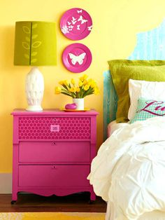 15 Colorful Bedroom Designs, Cheerful and Bright Bedroom Colors...i'd want anothet wall color...