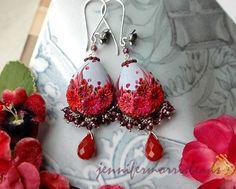 Berries and tea - vintage garden inspired dangle earrings