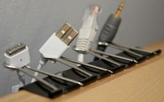 Simple way to organise cables and keep them  de-tangled