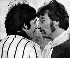 Paul McCartney and John Lennon (face to face)