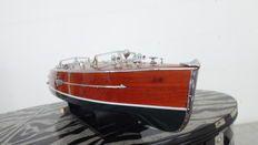 Boat model Typhoon 65 cm