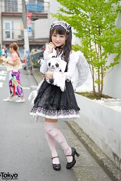h.NAOTO FRILL Gothic lolita