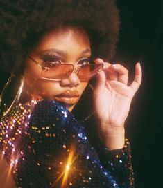 Love the This is how I imagine myself listening to disco music lol 70s Aesthetic, Black Girl Aesthetic, Aesthetic Pictures, Black Girl Magic, Black Girls, Black Women, Prinz Von Bel Air, Look Disco, Stage Outfit