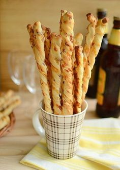 Bread sticks to beer. Breakfast Casserole With Biscuits, Good Food, Yummy Food, Salty Cake, Savory Snacks, What To Cook, Croissant, Food And Drink, Bread