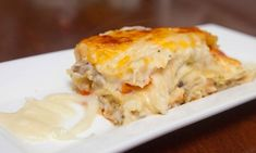Heavenly! Vegan lasagna and the white sauce made from cauliflower gives this recipe some special qualities.