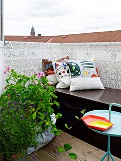 Stylish 34 Latest Breeze Blocks Design Ideas With Scandinavian Touches To Try Asap Outdoor Areas, Outdoor Sofa, Outdoor Furniture, Outdoor Decor, Cinder Block Walls, Used Chairs, Outdoor Retreat, Relax, Interior Plants