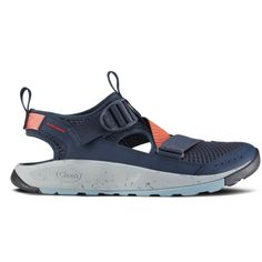 Overcome rivers, trails, and expectations. The all-terrain, closed-toe Odyssey sport sandal delivers the durability of a hiker, the freedom of a barefoot trainer, and the performance you need from land to water. Breathing Tips For Running, Pool Shoes, Running On Treadmill, Open Toe Shoes, Sporty Look, Sport Sandals, Back Strap, Nike Huarache