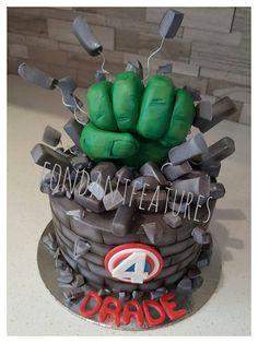 Hulk Smash Hand Cake Topper by fondantfeatures on Etsy Hulk Birthday, Birthday Party Treats, Boy Birthday, Superhero Theme Party, Superhero Cake, Hulk Smash, Cake Smash, Hulk Cakes, Avenger Cake