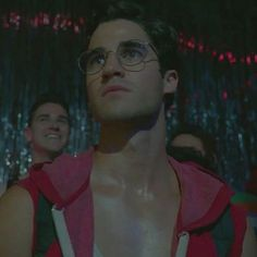"8 Likes, 2 Comments - Darren Everett Sexy Criss  (@darren_curls_2000) on Instagram: ""Comment '' if you've watched or watching season 1 of Acs #darrencriss #acs #versace…"""
