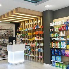Proyecto de diseño, mobiliario y reforma de la farmacia Castrelos, entra y mira las imágenes