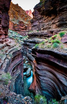 Deer Creek Canyon in Grand Canyon National Park, Arizona. ★