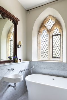 Best images, photos and pictures gallery about gothic bathroom - gothic home decor  #gothicbathroom  #gothicdecor #gothichomedecor #homedecor  #bathroomdecor