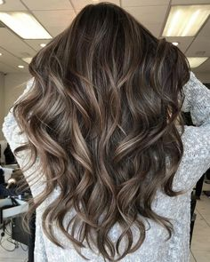 Luscious Balayage With Subtle Purple Tones - 20 Stunning Examples of Mushroom Brown Hair Color - The Trending Hairstyle Brown Hair With Highlights, Brown Blonde Hair, Light Brown Hair, Brown Hair Colors, Color Highlights, Balayage Brunette, Hair Color Balayage, Brunette Hair, Sunkissed Hair Brunette